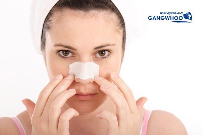 Giữ vệ sinh là cách chăm sóc sau khi nâng mũi cấu trúc cần lưu ý