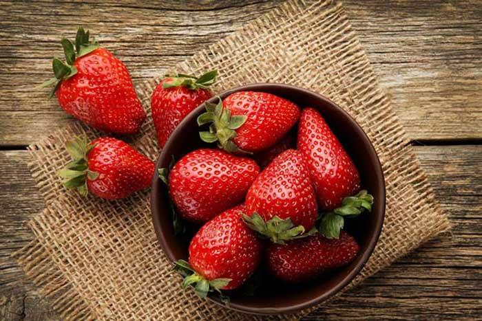 Nên tích cực ăn trái cây mọng nước sau nâng mũi