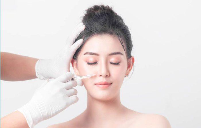 Giá dịch vụ tiêm filler nâng mũi đảm bảo an toàn thường dao động từ 7 triệu – 15 triệu đồng cho 1 cc