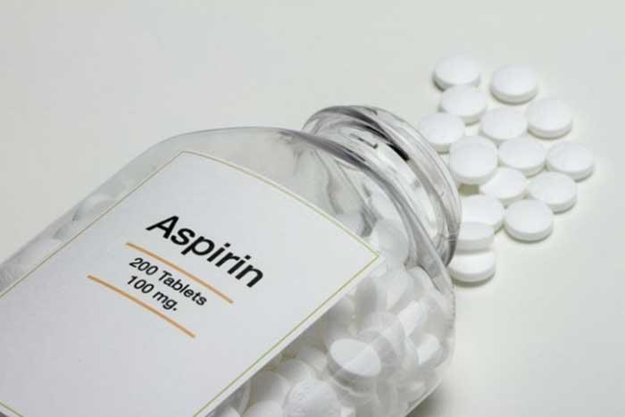 Trị mụn bằng aspirin và những câu hỏi liên quan