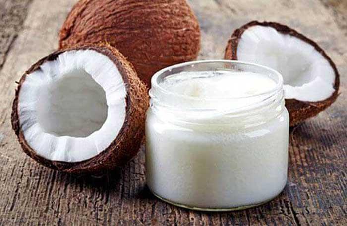 Cách trị mụn ẩn bằng dầu dừa
