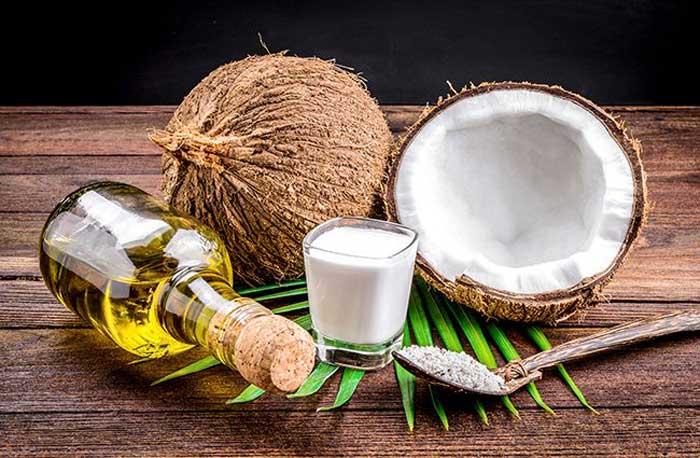 mẹo trị mụn ẩn dưới da bằng dầu dừa